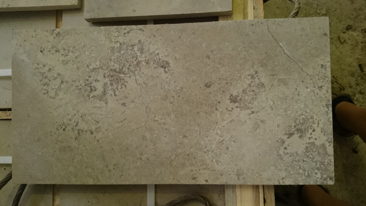 Плита доломитовая шлифованная. Купить природный фасадный камень